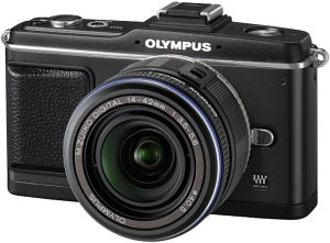 Olympus PEN E-P2 black with lens M.Zuiko digital ED 14-42mm and VF-2 external viewfinder (N3610192/E0414868)