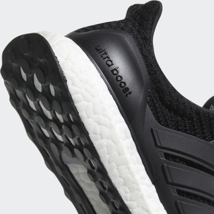 7b85f32c936b adidas Ultra Boost core black (Herren) (BB6166) ab € 116,51 (2019)   heise  online Preisvergleich   Deutschland