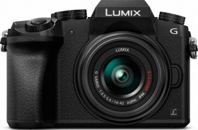 Panasonic Lumix DMC-G70 schwarz mit Objektiv Lumix G Vario 14-42mm 3.5-5.6 OIS (DMC-G70K/DMC-G7K)