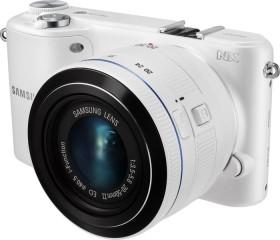 Samsung NX2000 weiß mit Objektiv 20-50mm i-Function