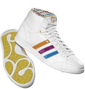 adidas adiHoop mid -- © adidas