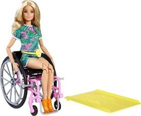 Mattel Barbie Fashionistas Barbie im Rollstuhl Jumpsuit mit Tropenmuster (GRB93)