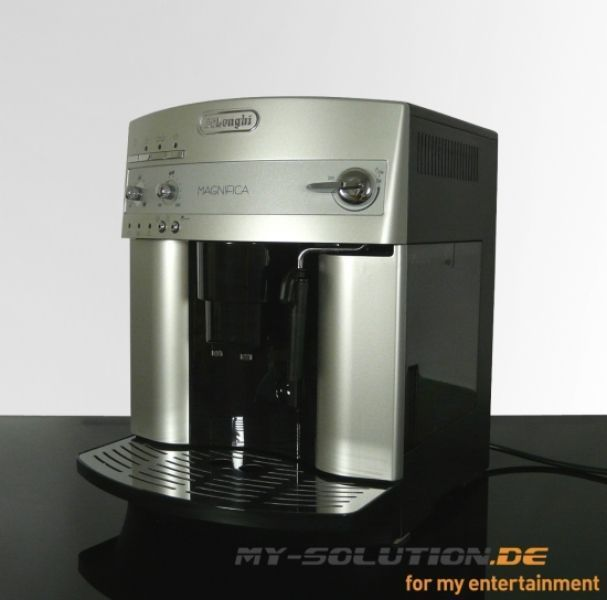DeLonghi EAM 3200S Magnifica -- © My-Solution.de