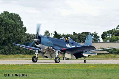 Revell Vought F4U-1D Corsair (04781)