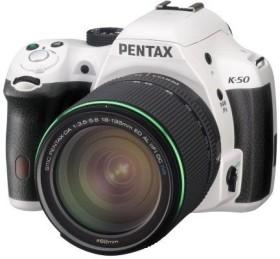 Pentax K-50 weiß mit Objektiv DA 18-135mm WR (10960)