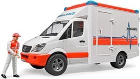 Bruder Profi-Serie MB Sprinter Ambulanz mit Sanitäter (02536)