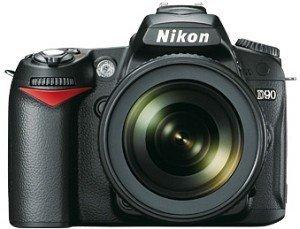 Nikon D90 black with lens AF-S VR DX 16-85mm 3.5-5.6G ED (VBA230K003)