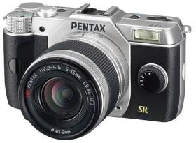 Pentax Q7 silber mit Objektiv 5-15mm 2.8-4.5 und 15-45mm 2.8 (11530)