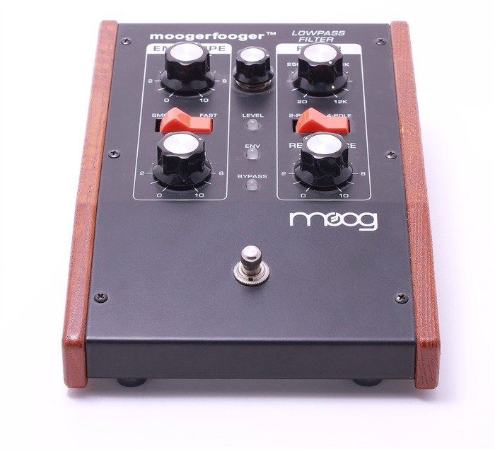 Moog Moogerfooger MF-101 Lowpass filter effects unit -- provided by bepixelung.org - see http://bepixelung.org/20877 for copyright and usage information