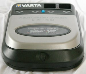 Varta Multi Comfort Charger (57041) -- http://bepixelung.org/12004