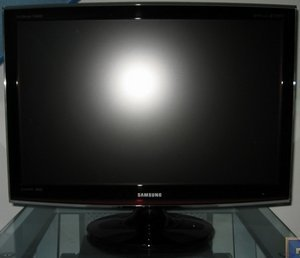 "Samsung SyncMaster T260HD, 25.5"" (LS26TDDSUVEN) -- © bepixelung.org"