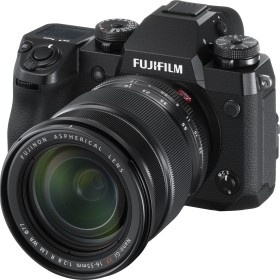 Fujifilm X-H1 schwarz mit Objektiv XF 16-55mm 2.8 R LM WR und Batteriegriff VPB-XH1