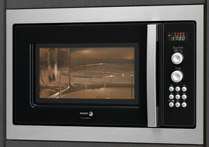 Fagor MW4-245GEX microwave with grill