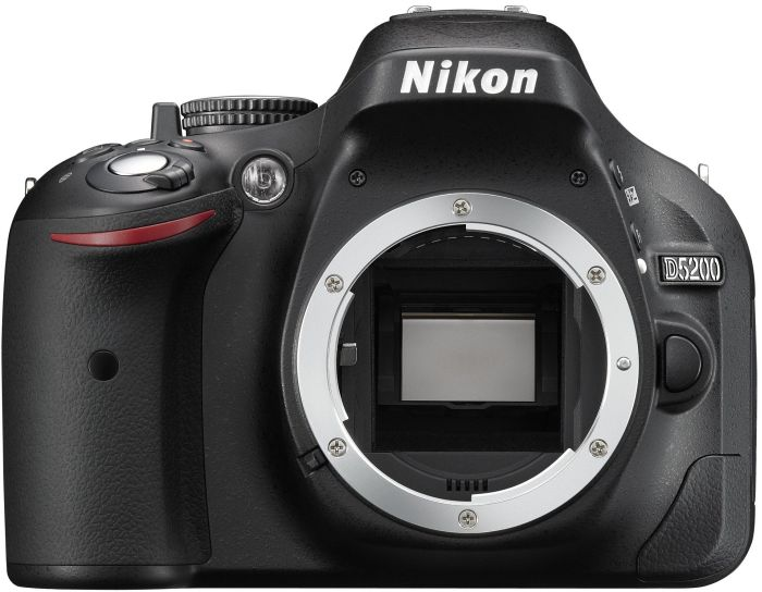 Nikon D5200 (SLR) black with third-party manufacturer lens
