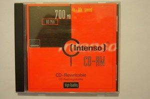 Intenso CD-RW 80min/700MB -- © bepixelung.org