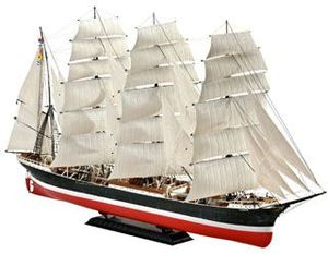 Revell Sailing Ship Pamir (05629)