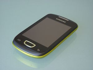 Samsung S5570 Galaxy mini metallic orange -- http://bepixelung.org/17002