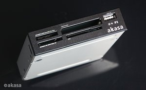 Akasa Internal Card Reader, USB 2.0 (AK-ICR-01B)