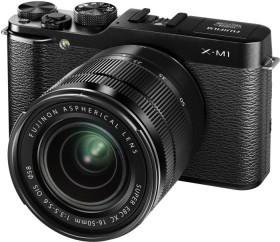 Fujifilm X-M1 schwarz mit Objektiv XC 16-50mm und XC 50-230mm