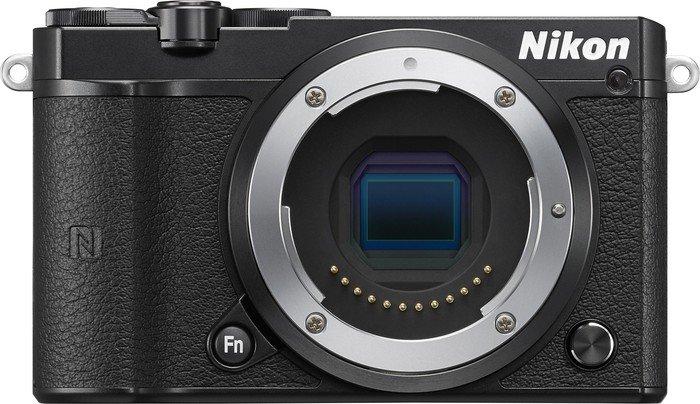 Nikon 1 J5 black body (VVA241AE)