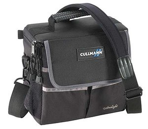 Cullmann Ultralight Photo 300 camera bag (91655/91656)