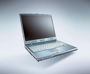 Fujitsu Amilo A6600, Athlon XP-M