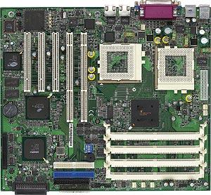 MSI MS-6377, dual, ServerWorks ServerSet IIILE, LAN, 2 x U160
