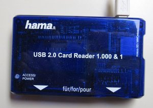 Hama Card Reader 1000 & 1, USB 2.0 (55350) -- provided by bepixelung.org - see http://bepixelung.org/3989 for copyright and usage information