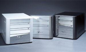 Soltek QBIC EQ3801 Mini-Barebone Alu [Sockel 754/PC3200 DDR] [verschiedene Modelle]