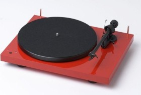Pro-Ject Debut RecordMaster with pickups Ortofon OM10 red