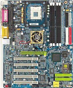 Gigabyte GA-8INXP, E7205 (Dual DDR)