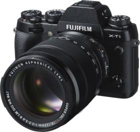 Fujifilm X-T1 schwarz mit Objektiv XF 18-135mm 3.5-5.6 R LM OIS WR