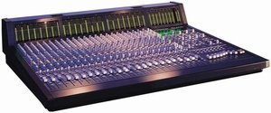 Behringer Eurodesk MX9000 -- © Copyright 200x, Behringer International GmbH