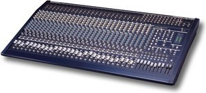 Behringer Eurodesk MX3282A -- © Copyright 200x, Behringer International GmbH