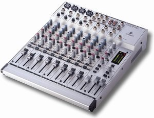 Behringer Eurorack MX1604A -- © Copyright 200x, Behringer International GmbH