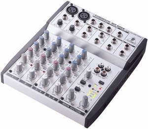 Behringer Eurorack MX602A -- © Copyright 200x, Behringer International GmbH
