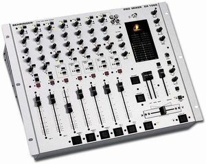 Behringer DX1000 -- © Copyright 200x, Behringer International GmbH