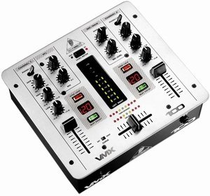 Behringer VMX100 silver -- © Copyright 200x, Behringer International GmbH