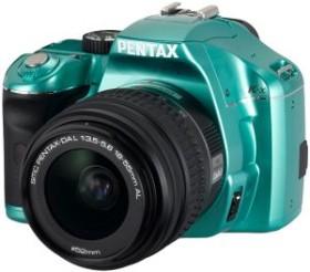 Pentax K-x hellgrün mit Objektiv DA L 18-55mm (16384)