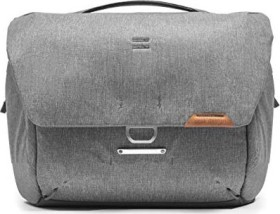 Peak Design Everyday Messenger 13 V2 messenger bag light grey (BEDM-13-AS-2)
