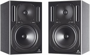 Behringer Truth B2030P Studio monitor -- © Copyright 200x, Behringer International GmbH