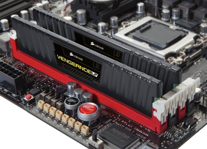 Corsair Vengeance LP schwarz DIMM Kit 8GB, DDR3-1600, CL9-9-9-24 (CML8GX3M2A1600C9)