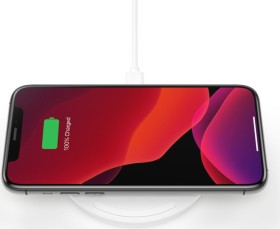 Belkin BoostCharge 10W Wireless Charging Pad + QC 3.0 Wall Charger + Cable weiß (WIA001vfWH)