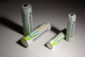 Panasonic Rechargeable Pro+ P03P Micro AAA NiMH 750mAh, 2er-Pack (PABP03P) -- © bepixelung.org
