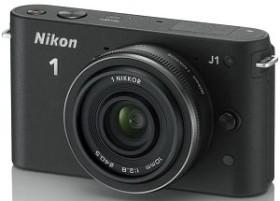 Nikon 1 J1 schwarz mit Objektiv 10mm 2.8 (VVA151K002)