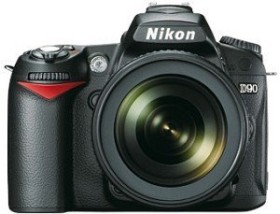 Nikon D90 schwarz mit Objektiv AF-S VR DX 18-105mm und AF-S VR 70-300mm Fatbox (VBA230KG12)