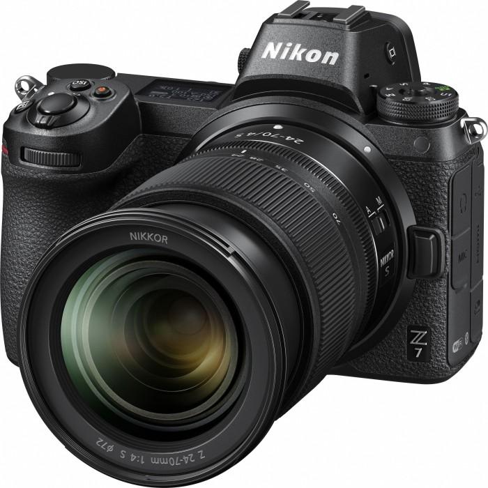 Nikon Z 7 schwarz mit Objektiv Z 24-70mm 4.0 S und Bajonettadapter FTZ (VOA010K003)