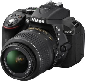 Nikon D5300 schwarz mit Objektiv AF-S DX 18-55mm 3.5-5.6G VR II (VBA370K003)