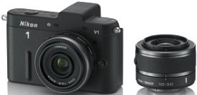 Nikon 1 V1 schwarz mit Objektiv VR 10-30mm 3.5-5.6 und 10mm 2.8 (VVA101K004)