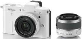 Nikon 1 V1 weiß mit Objektiv VR 10-30mm 3.5-5.6 und 10mm 2.8 (VVA102K004)